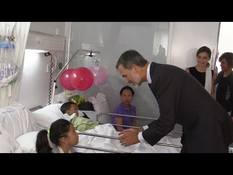 Spanish king and queen visit attack victims in hospital