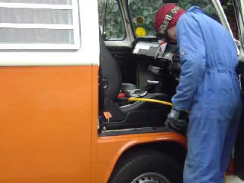 VW Bus steering wheel removal        Easy