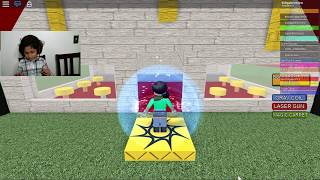 Escape McDonalds! Roblox Gameplay with Hanna