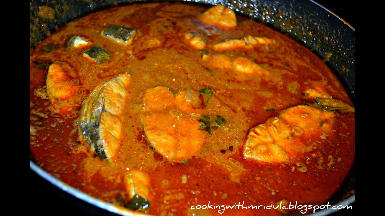 Vanjaram chepala pulusu king mackerel fish curry w for Translate fish to spanish