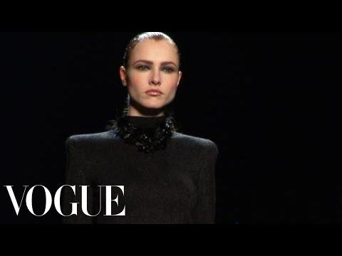 Fashion Show - Nina Ricci: Fall 2009 Ready-to-Wear
