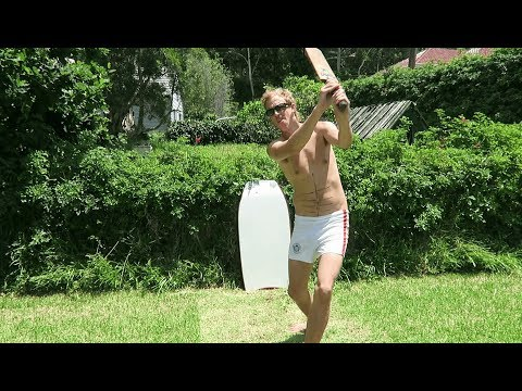 The Thompsons Play Cricket