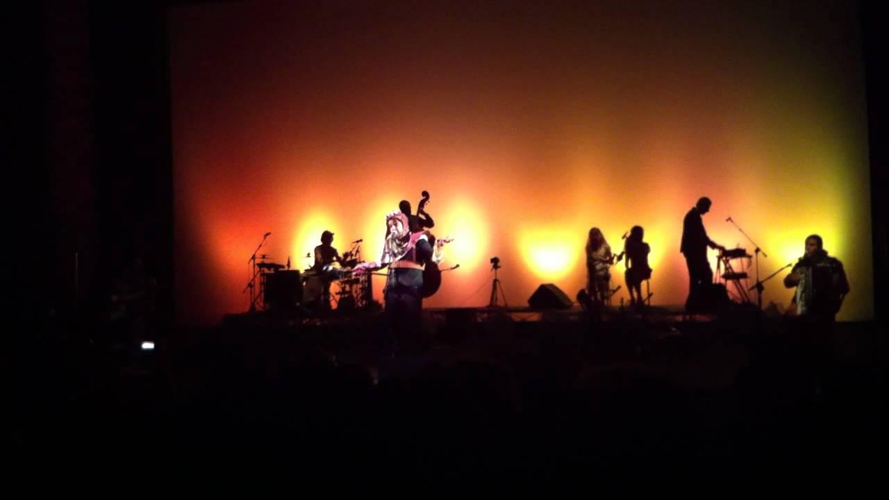 Alessandro Mannarino Vivere La Vita Live At Auditorium Conciliazione
