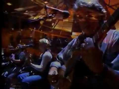Eagles - Hotel California with English lyrics