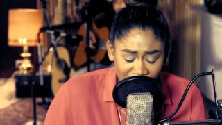 "Rose May, Unplugged live ""Far away"""