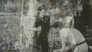 U2 Simple Minds New Gold Dream (feat Bono) 4th Jan 1985