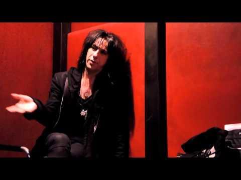 Mechanical Cabaret Interview - Bar Shifty, Tokyo, Japan - 15 November 2015 | dsoaudio