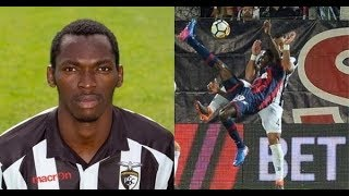Nigerian striker simeon nwankwo scores bicycle kick against juventus