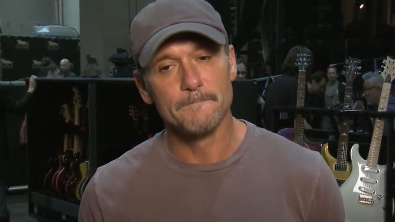 """Tim McGraw's Heartbreaking Story About Losing His Father: """"Live Like You Were Dying"""""""