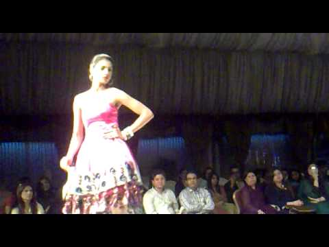 Indus Institute Of Higher Education Karachi Fashion Week Marriott Hotel Karachi Youtube