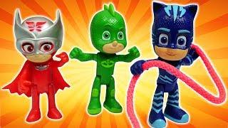 Видео про машинки и игрушки Герои в масках. Вспыш и Крушила попались Ромео! Игры для детей