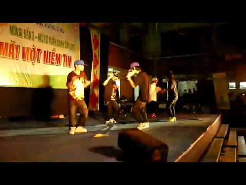 [Apple Family] Joker Team ft. Dancer Jara - Hội Xuân 2010