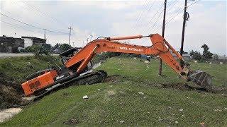 Tata Hitachi Excavator Moving in Difficult Place - Excavator Crossing Drain - Dozer Video