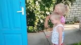 Прикол / Брат и сестра