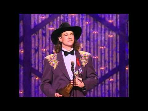 Tracy Lawrence Wins Top New Male Vocalist - ACM Awards 1993