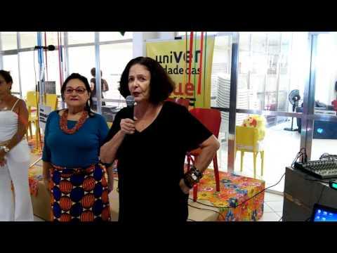 UQ 2016: Heloisa Heloisa Buarque de Hollanda fala na chegança