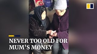105-year-old during Chinese New Year proves you're never too old for mum's money