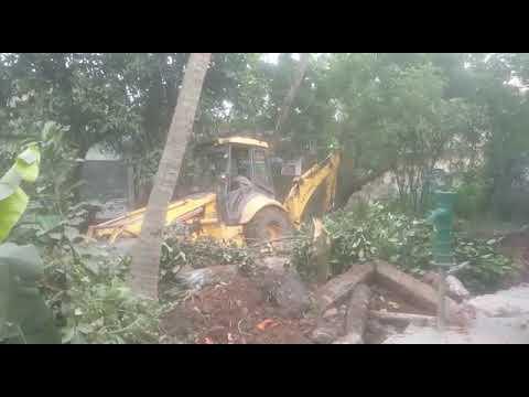 Attack At My House At Vuyurru,  Vijayawada By Srikanth HDfc Bank Employee,  Vijayawadas. Su(10)