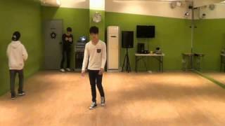 [CUT] Hong Jisoo solo stage. Dancing.