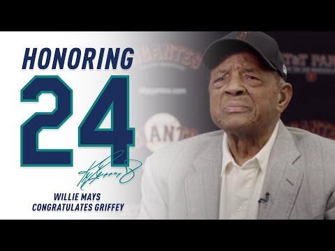 Willie Mays Congratulates Griffey