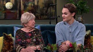 85 år skiljer mellan bloggarna Dagny och Thomas - Malou Efter tio (TV4)