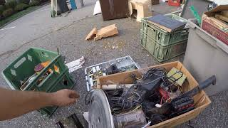INSANE MILITARY COLLECTION HAUL from storage pod - auction toys and scrap. Dirty Job🚎