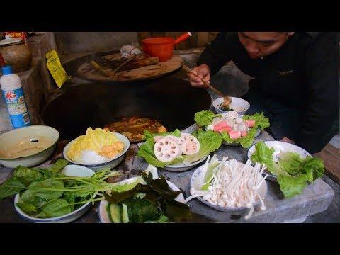 过年啦,一个人的年夜饭,农村大锅煮火锅,祝大家新年快乐