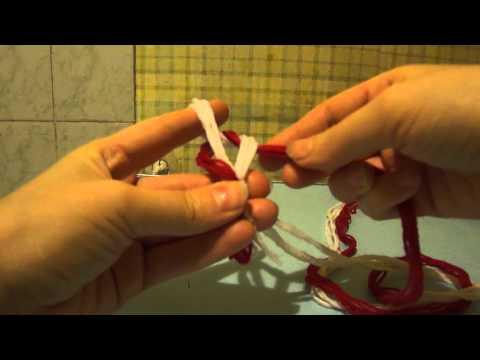 видео: Плетеный пояс на пальцах.