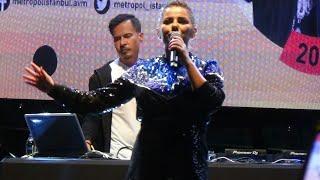 Merve Özbey feat Erdem Kınay - Yaramızda kalsın (Konser klip)