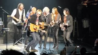 "Tom Cochrane & Red Rider ""Citizen Cain"" (acoustic) Hard Rock, Van. Feb./15"