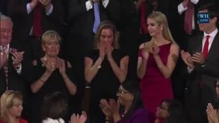 Widow of slain Navy SEAL receives standing ovation during Trump speech