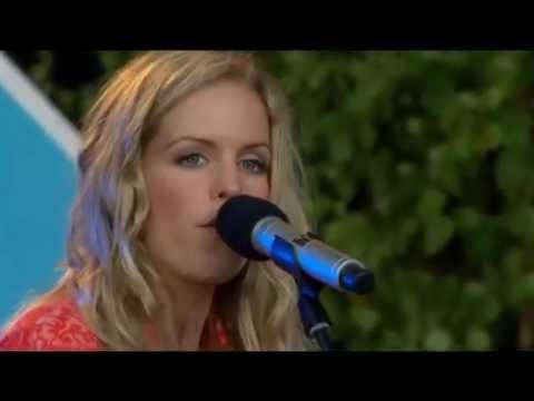 Sofia Karlsson - Milrök (Allsång på Skansen, 2007)
