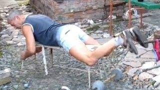 Упражнение на бицепс бедра(http://atletizm.com.ua/ - сайт об атлетизме, единоборствах и здоровом образе жизни. Сгибание ног на станке -- это хороше..., 2012-11-21T08:26:21.000Z)