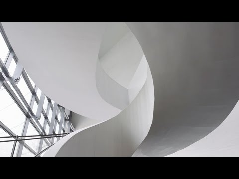 Kiasma museum of contemporary art:a building built with light