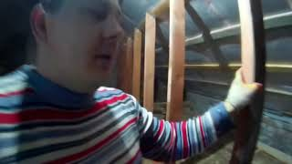 делаем перегородки  на мансарде и утепляем потолки и полы. Утеплитель он же  шумоизоляция. Серия 19
