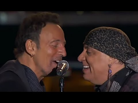 Bruce Springsteen & The ESB ☜❤☞ Glory Days / Dancing In The Dark (River Tour 2016)