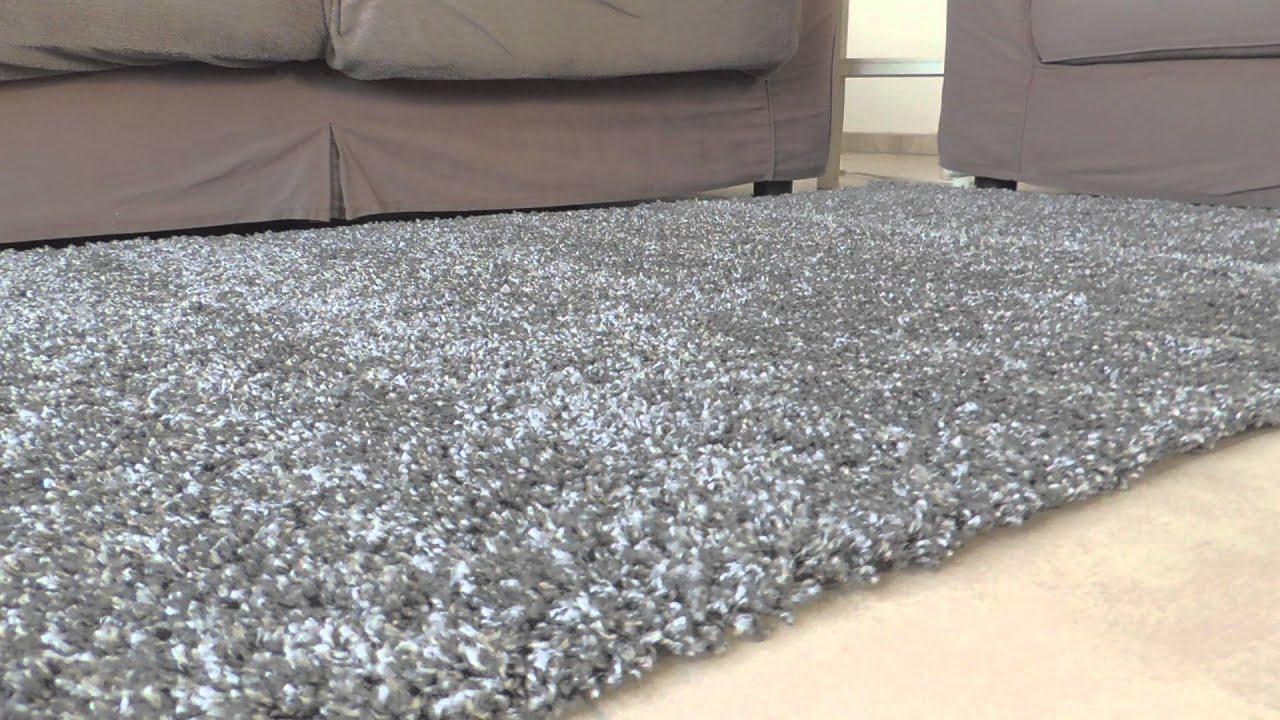 Hoogpolig grijs tapijt youtube - Grijs tapijt ...