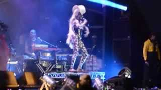 Grace Jones - Pull Up To The Bumper - Common People Festival