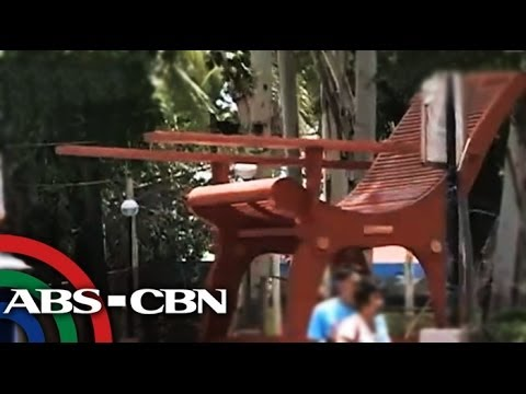 Giant rocking chairs in Nueva Vizcaya