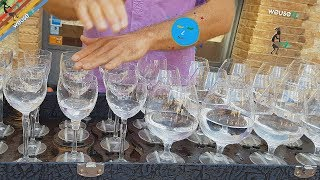 Artista di strada (street artist) - Cristallofonia - Suonatore di bicchieri (glasses player) 4k