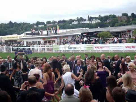 Go-style FlashMob Dancers @ Chester Races