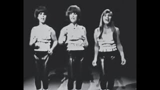 Shangri-Las - Give Him A Great Big Kiss