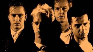 Download lagu Depeche Mode - Enjoy The Silence )