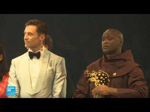 الإمارات: الكيني بيتر تابيشي يفوز بجائزة مليون دولار كأفضل مدرس بالعالم  - نشر قبل 3 ساعة
