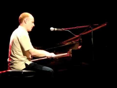 Jon Schmidt ft. Steven Sharp Nelson - Love Story Meets Love Story (Viva La Vida)