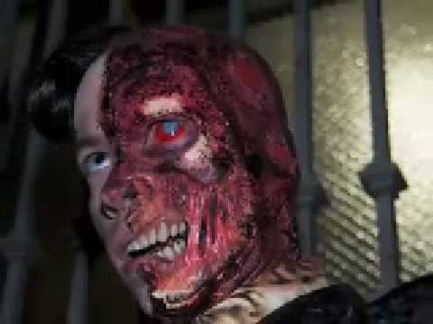 Two-face make-up - YouTube