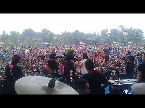 Cindy Marenta Feat Andre-Memory Berkasih Gank Kumpo
