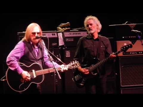 Learning To Fly Tom Petty Prudential Center Newark, NJ 6/16/2017