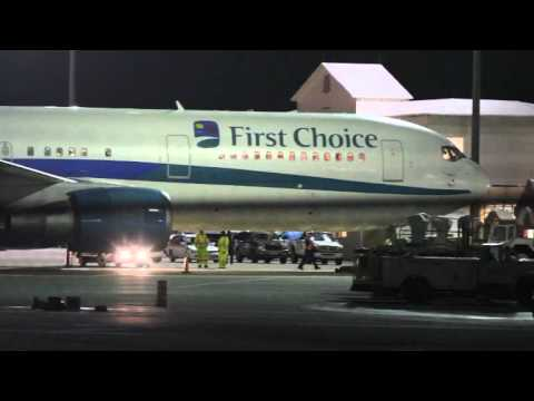 Thomson Flight Diverts For Medical Emergency Bermuda January 19 2012