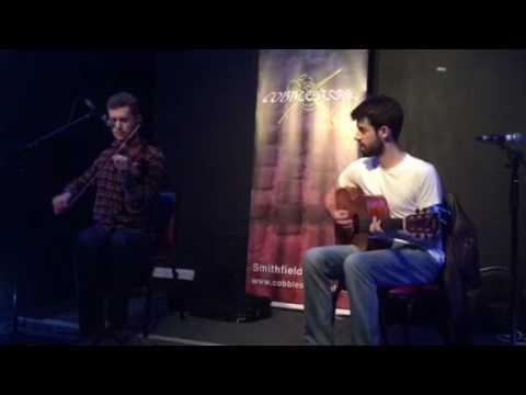 Andrew Finn Magill USA fiddler Cillian King guitar
